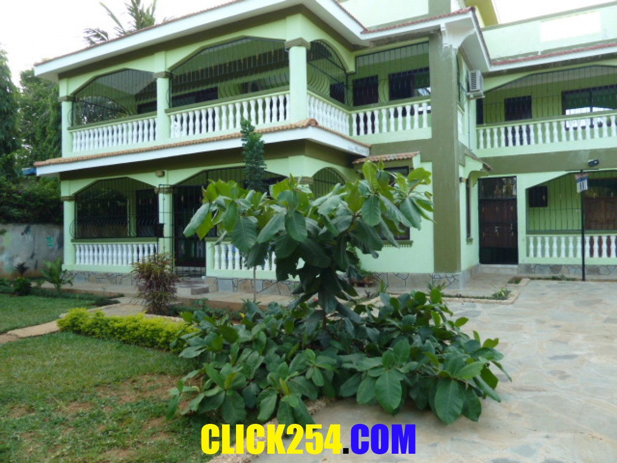 6 bedroom house on quick sale mtwapa mombasa now 510000 euro only - 6 Bedroom House For Sale